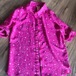 Other - EUC pink star blouse 100% Polyester